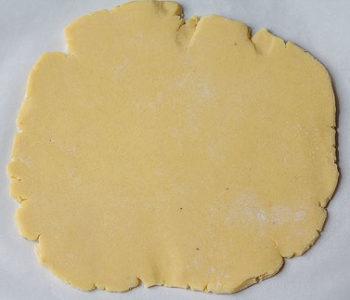 Recette de biscuits de noël à la confiture de framboise